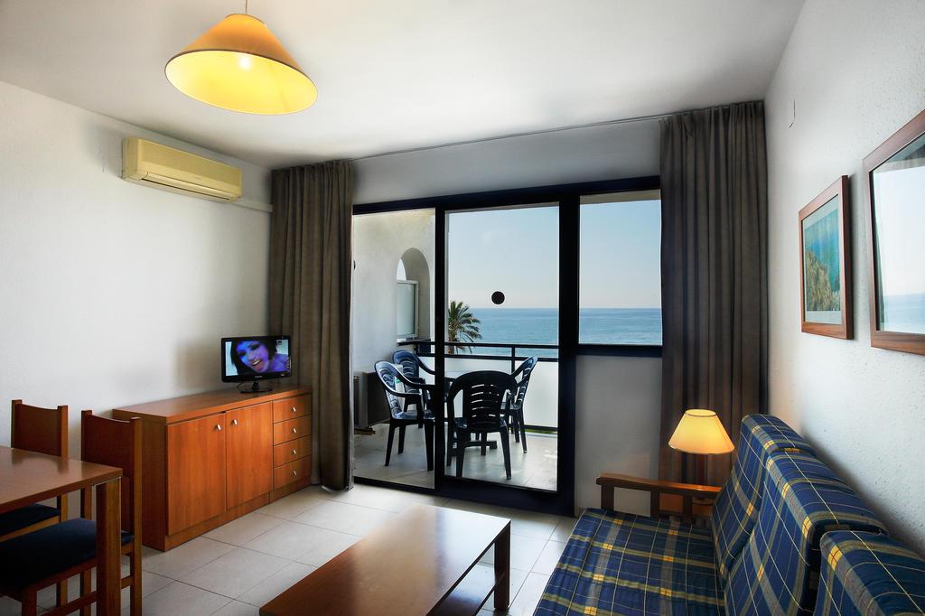 Отзывы гостей отеля Pins Platja Apartamentos