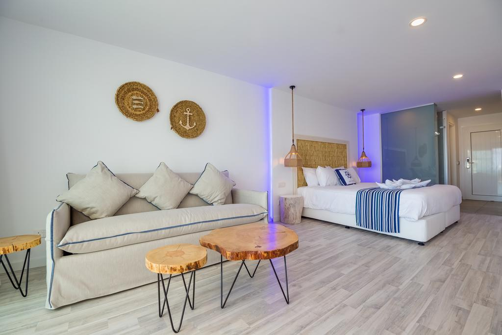 Тури в готель Blue Harbour Boutique Apartments