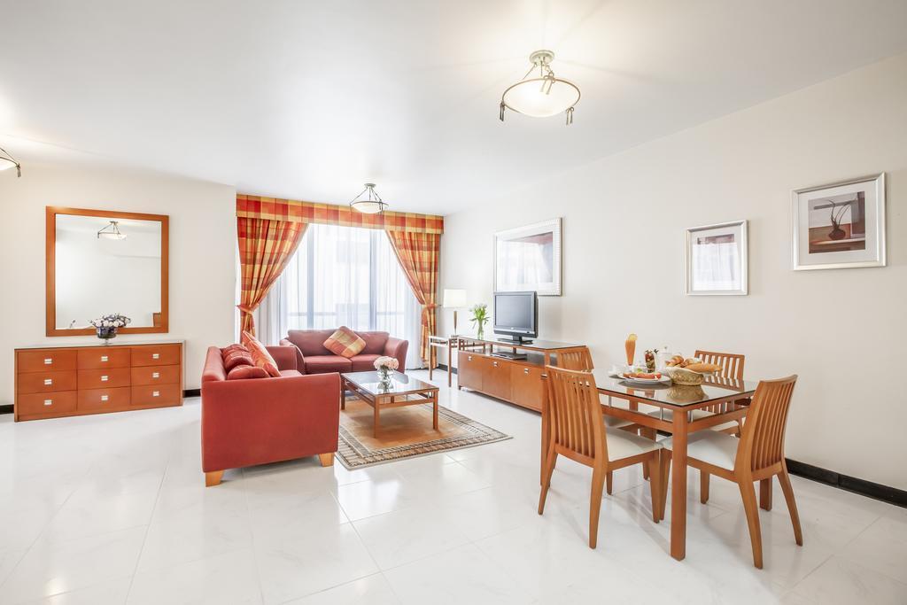 Горящие туры в отель Golden Sands Hotel Apartments