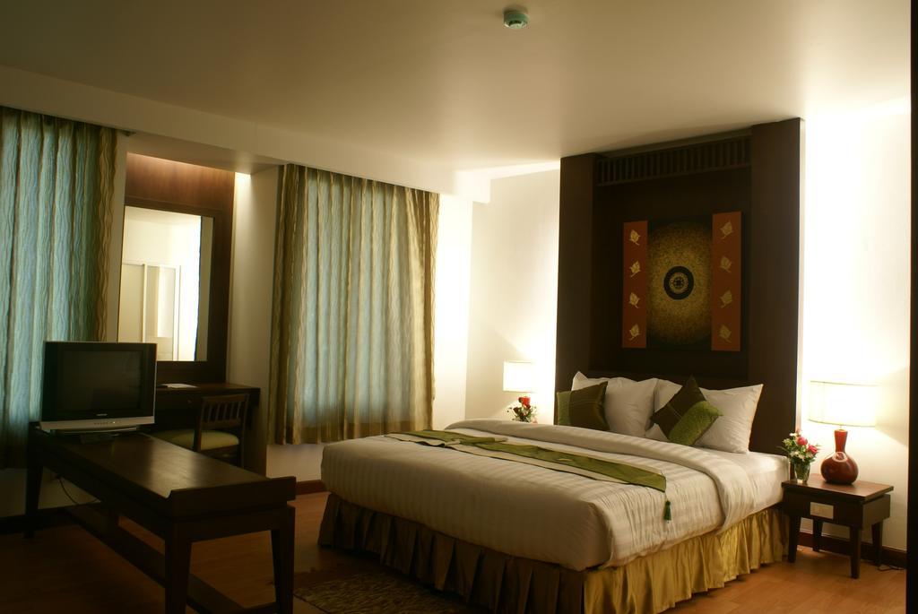 Отдых в отеле Aiyara Palace Hotel Паттайя