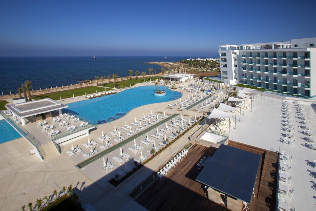 King Evelthon Beach Hotel, Пафос