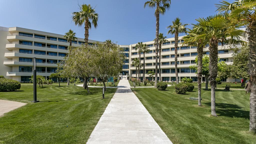 Гарячі тури в готель Mirage Park Resort