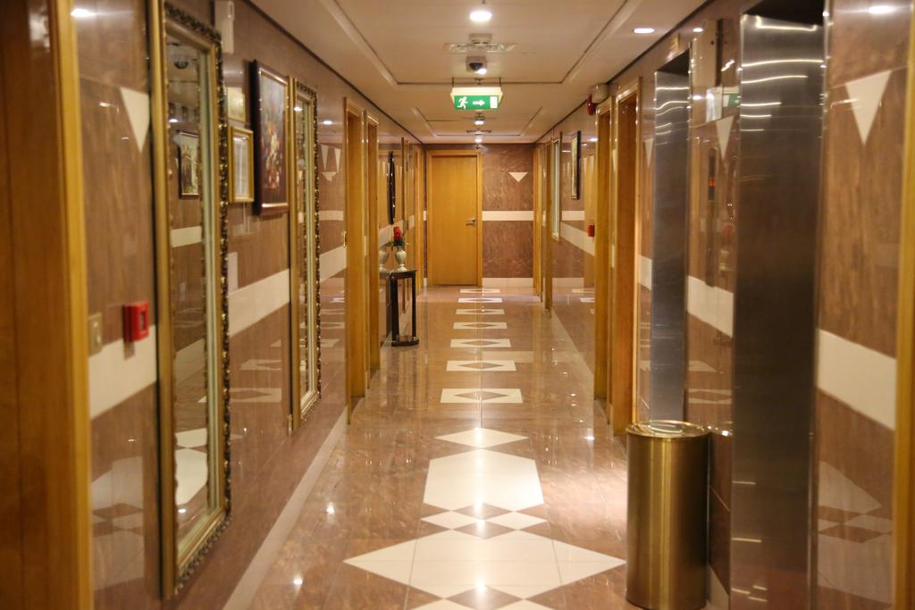 California Hotel, Дубай (город) цены
