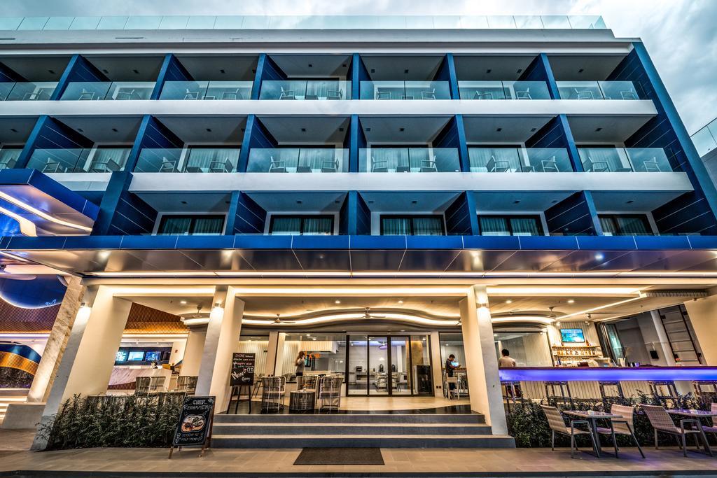 Surf Hotel Patong (Hotel Clover Patong), Пхукет, фотографии туров
