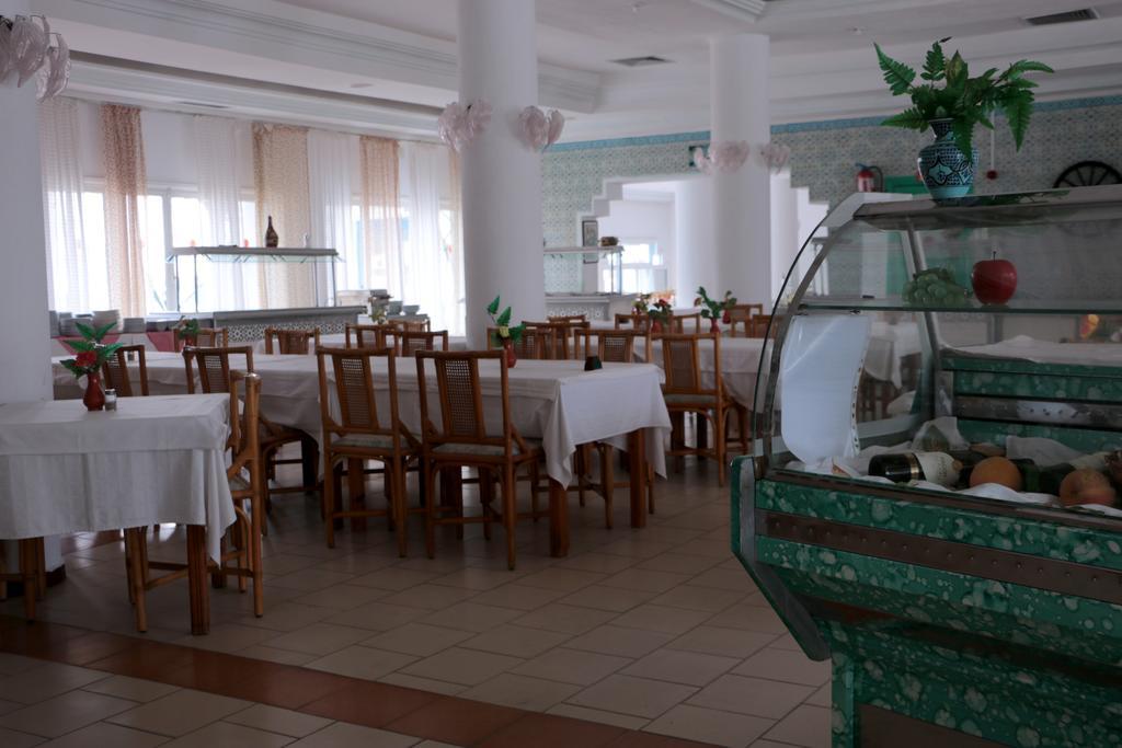 Горящие туры в отель Hotel Le Khalife Хаммамет Тунис