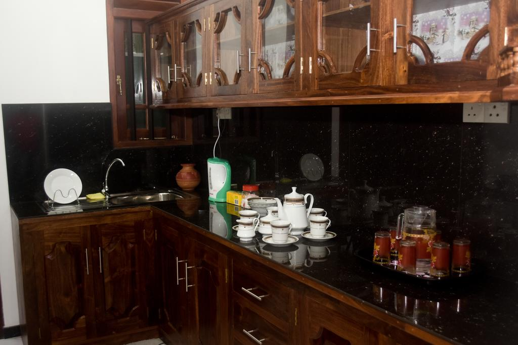 Отдых в отеле Villa De White Sambur Хиккадува Шри-Ланка