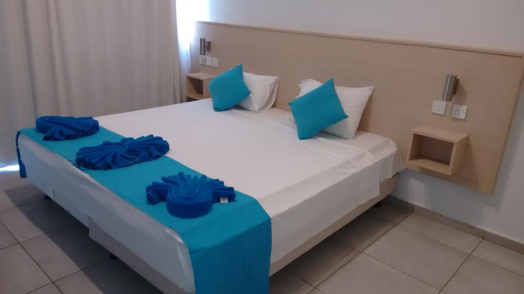Цены в отеле Sea Cleopatra Napa Hotel (ex. Smartline Cleopatra Annex Apartments)
