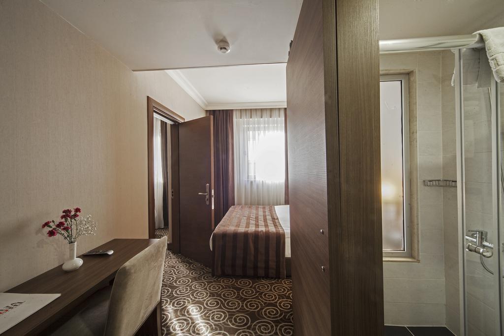 Delta Hotel, Стамбул цены