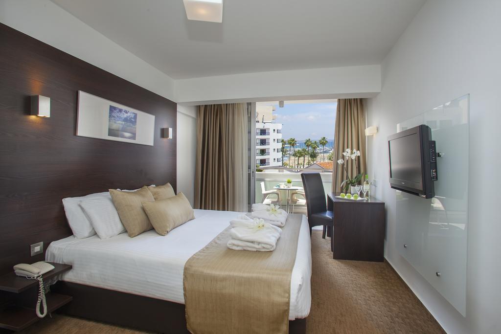 Отдых в отеле Amorgos Boutique Hotel Ларнака