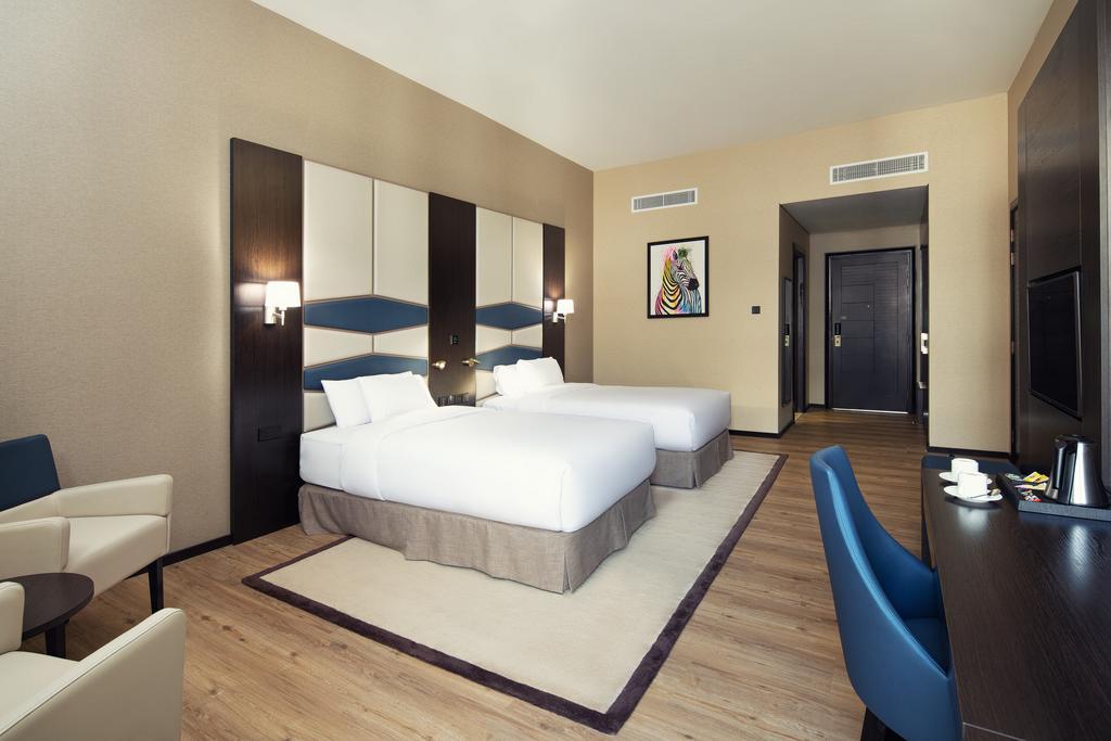 Отель, Occidental Impz Dubai