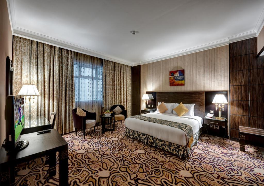 Sharjah Palace Hotel, Шарджа