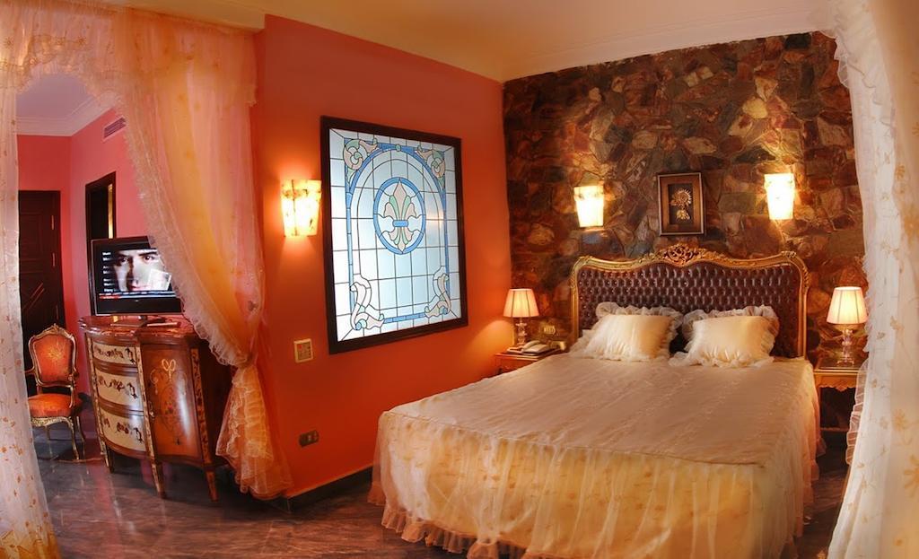 Тури в готель Oriental Rivoli