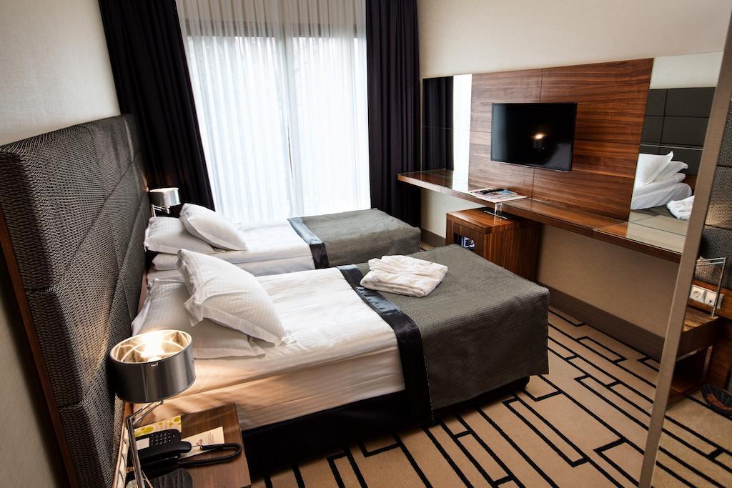 Туры в отель Cihangir Hotel