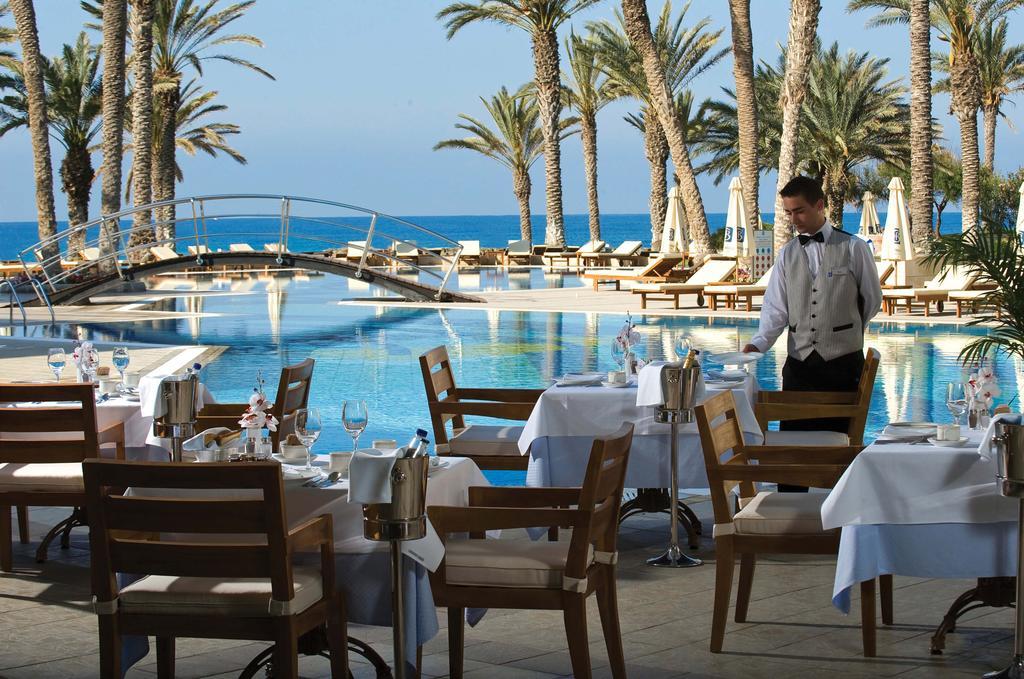 Туры в отель Constantinou Bros Asimina Suites Hotel (ex. Constantinou Bros Pioneer Beach Hotel) Пафос Кипр