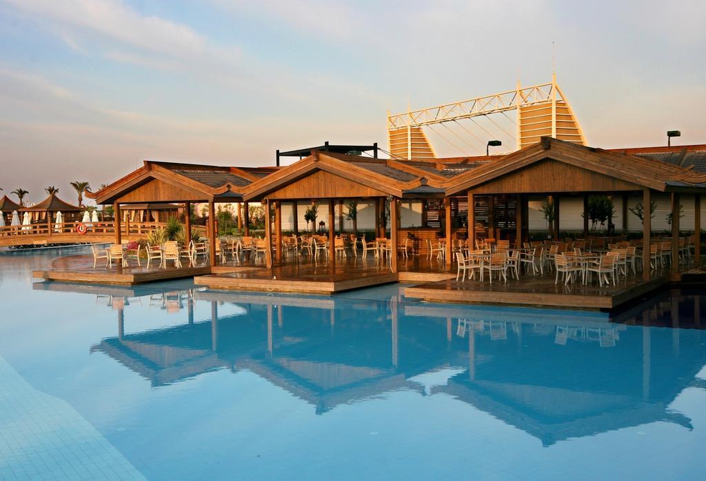Limak Lara De Luxe Hotel & Resort, фотограції туристів