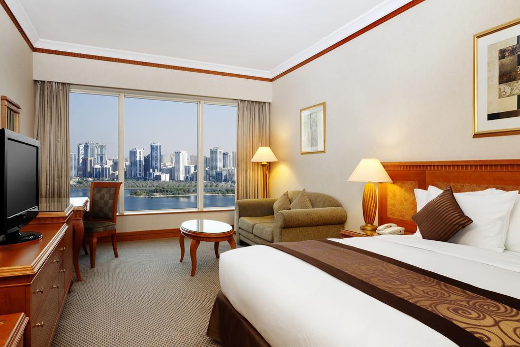 Hilton Sharjah Hotel ціна
