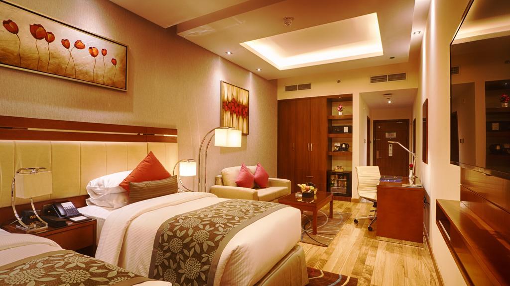 Rose Park Hotel Al Barsha ціна