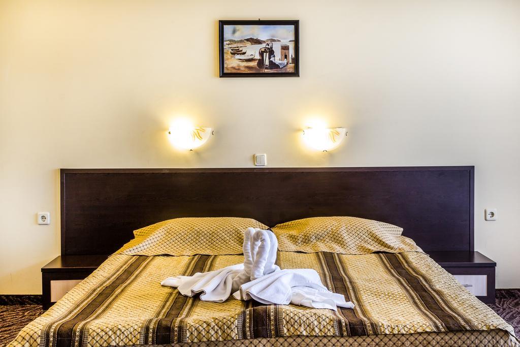 Туры в отель Amaris