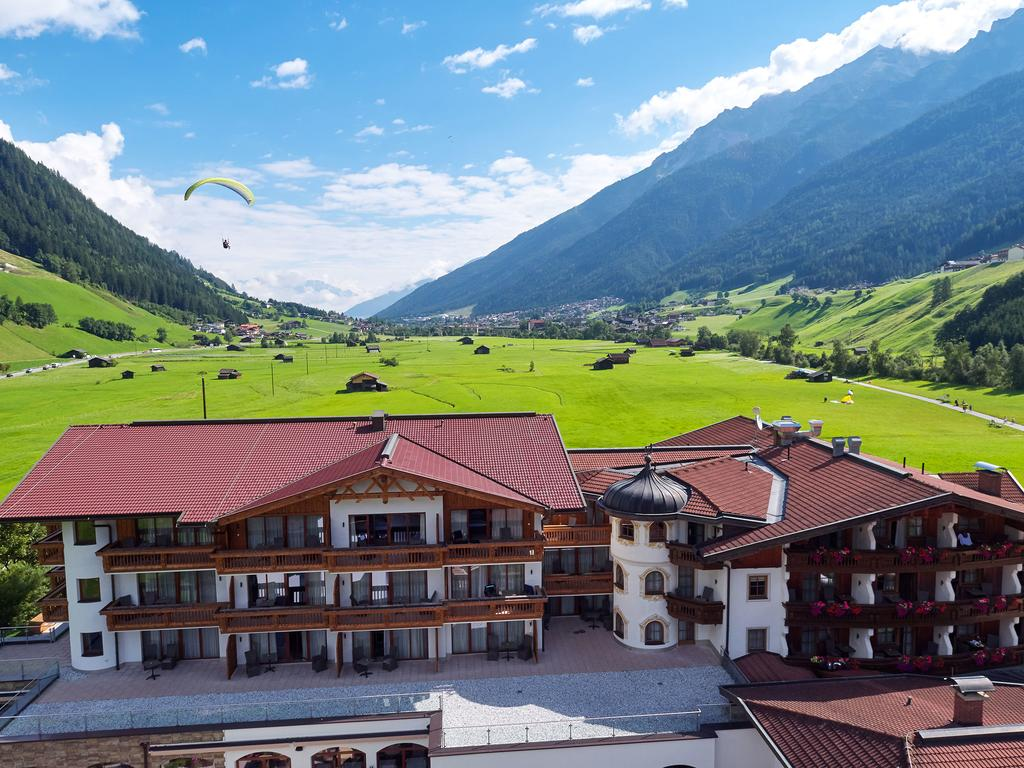 Тіроль Alpeiner Nature Resort Tirol (Neustift)