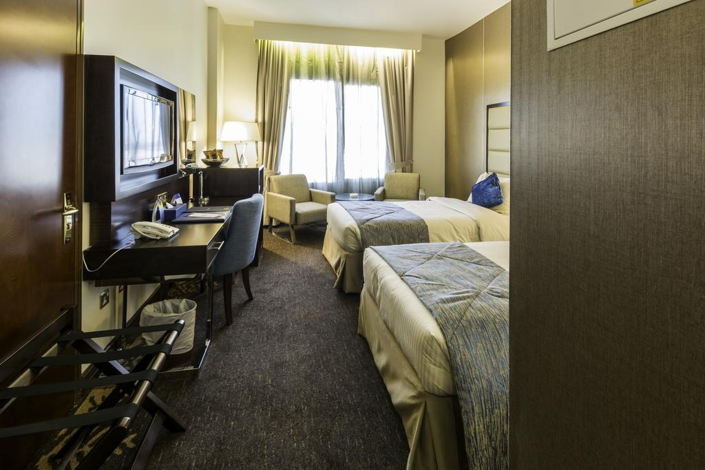 Howard Johnson Hotel Bur Dubai, Дубай (город) цены