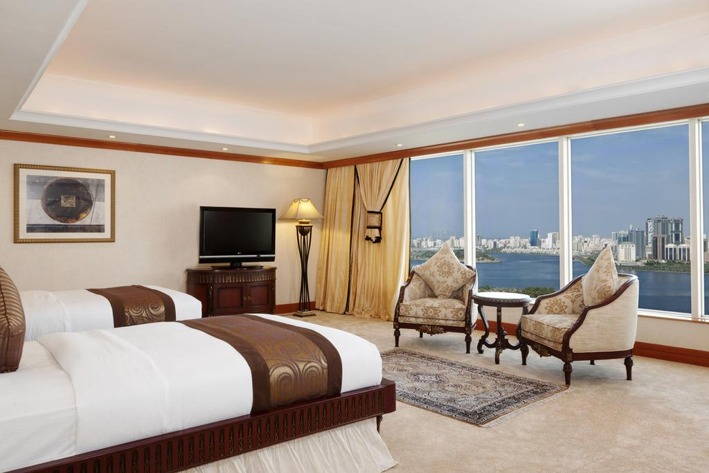 Hilton Sharjah Hotel, фотографії