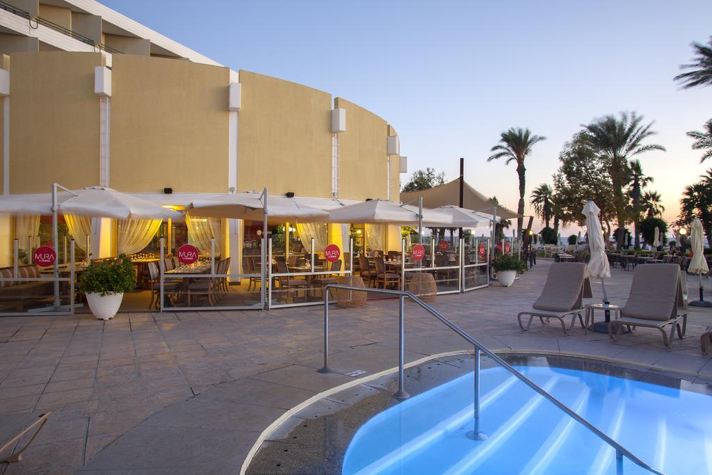Горящие туры в отель Louis Imperial Beach Hotel Пафос Кипр