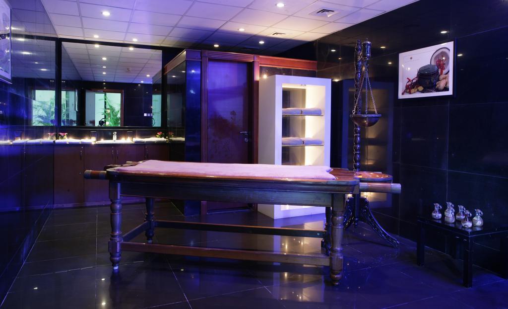 Ramada Hotel & Suites Ajman, ОАЭ, Аджман, туры, фото и отзывы