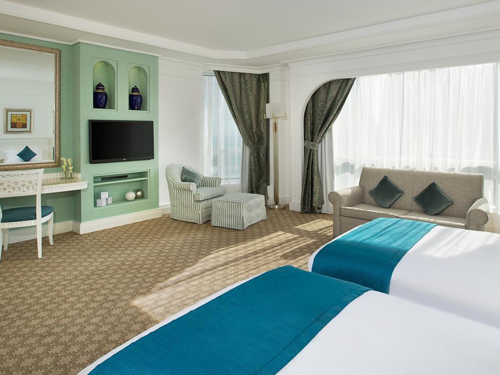Habtoor Grand Resort& Spa, фотограції пляжу
