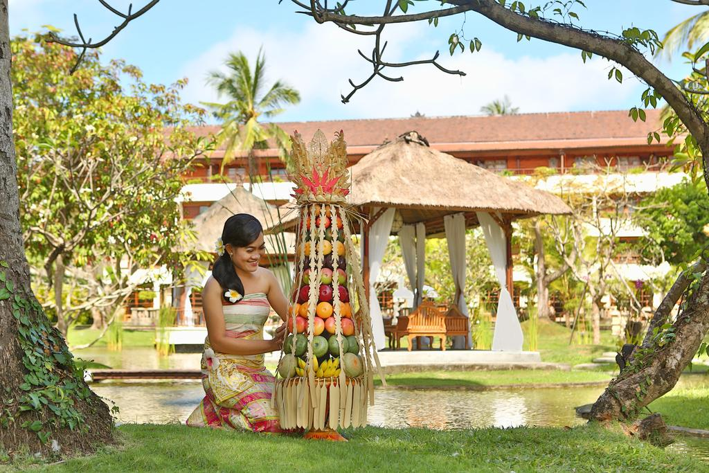 Нуса-Дуа Nusa Dua Beach Hotel & Spa цены