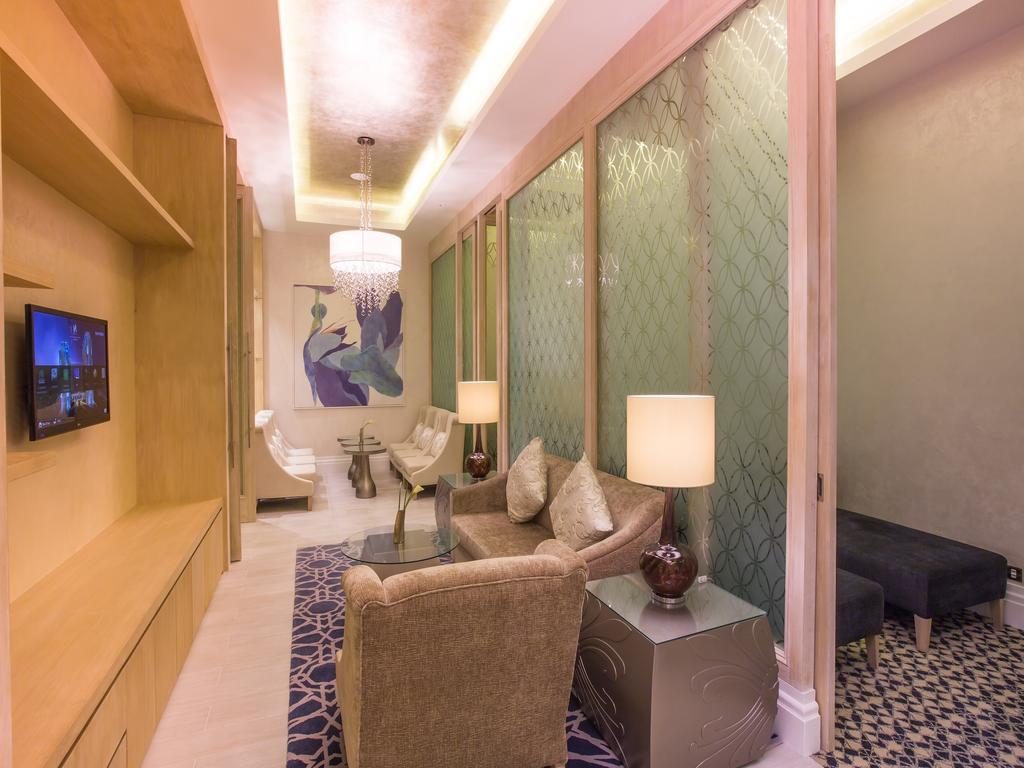 Дубай (пляжні готелі) Habtoor Grand Resort& Spa ціни