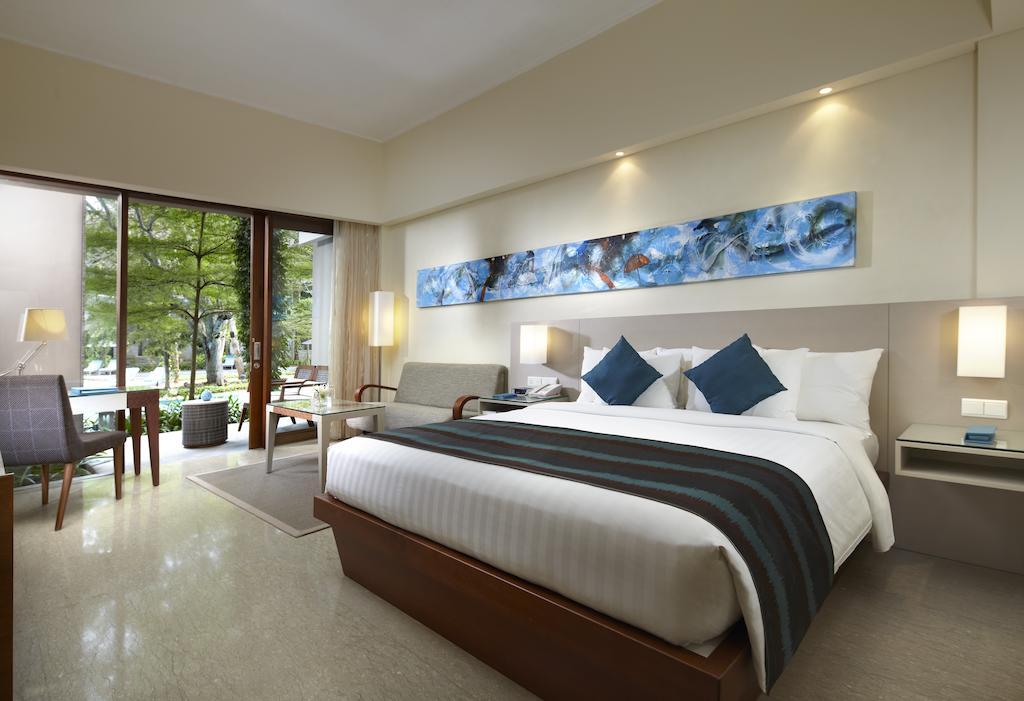 Цены в отеле Courtyard Marriott