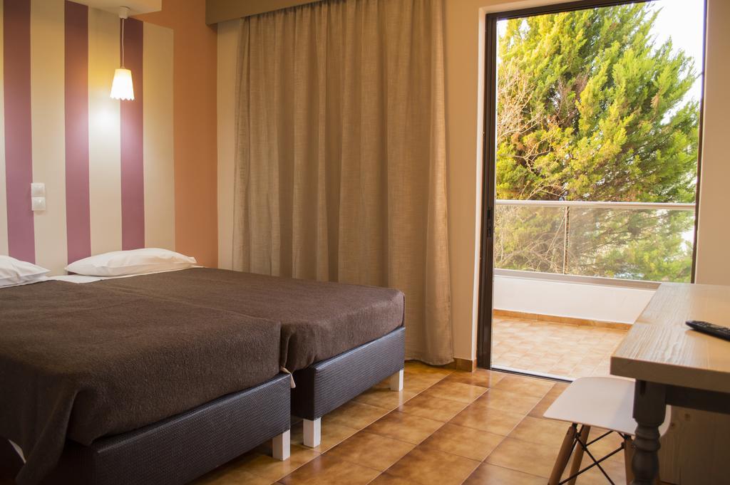 Ханья Nireas Hotel цены