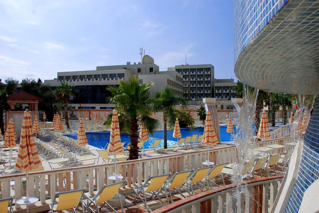 Mediteran Becici Hotel фото туристов