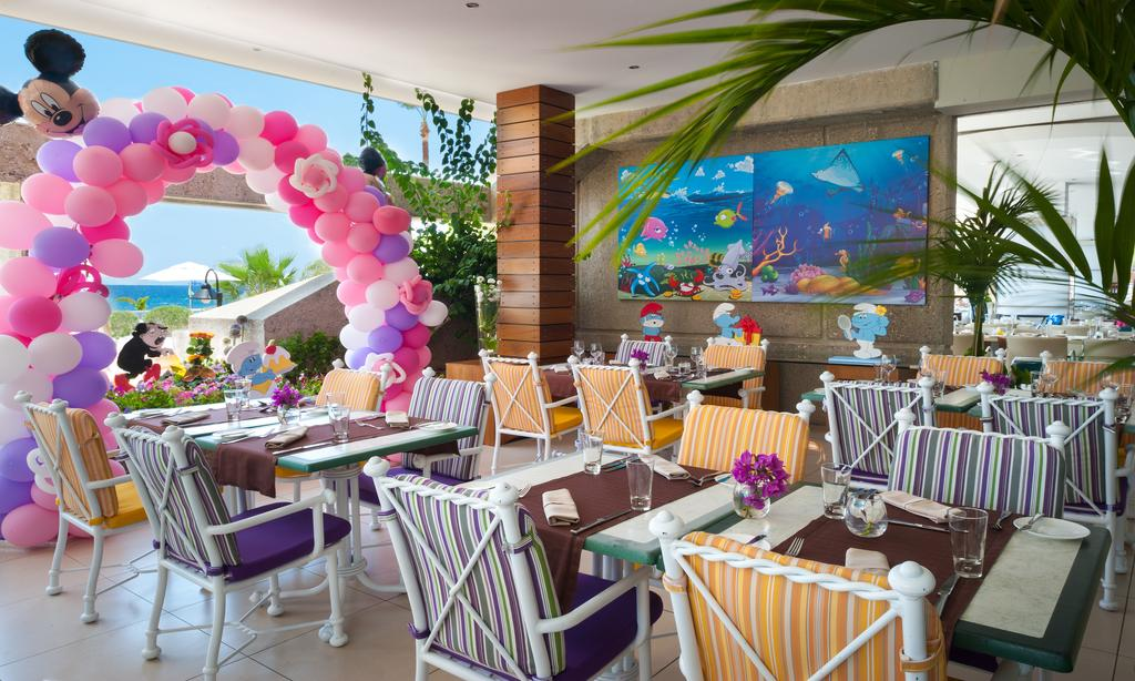 Отзывы об отеле Amathus Beach Hotel