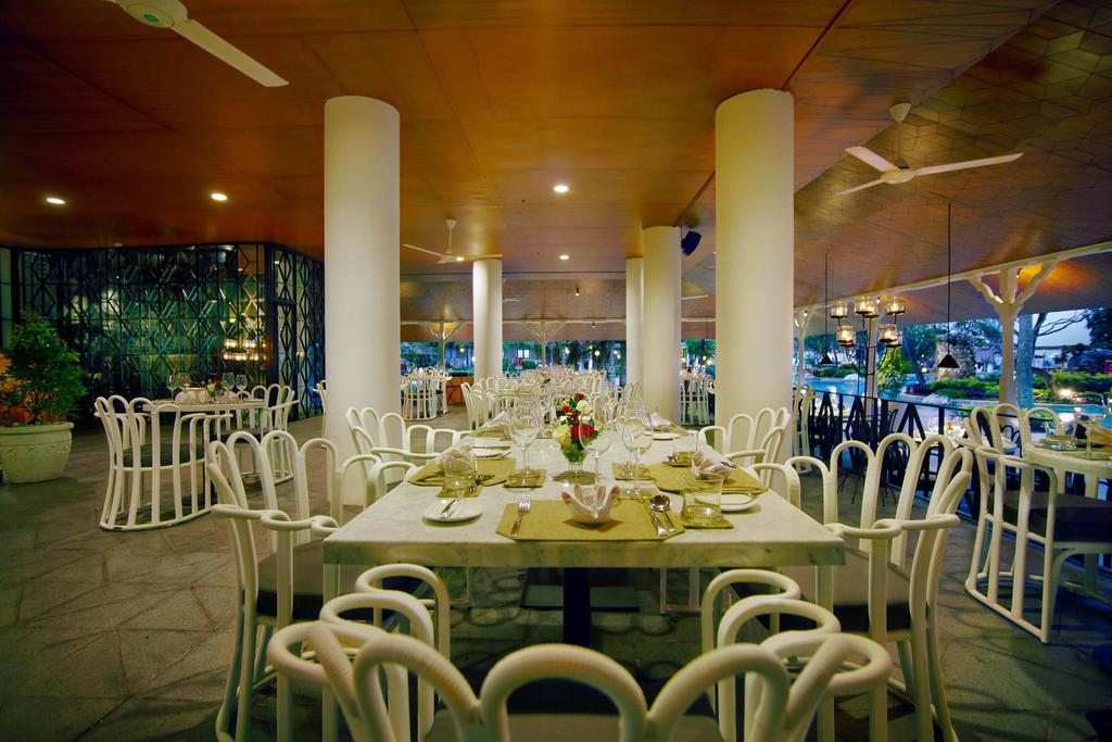 Горящие туры в отель Grand Aston Bali Beach Resort