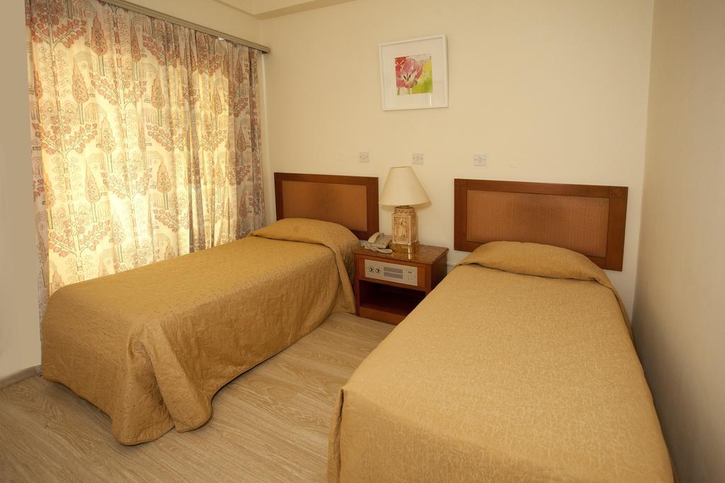 Туры в отель Pefkos Hotel Лимассол Кипр