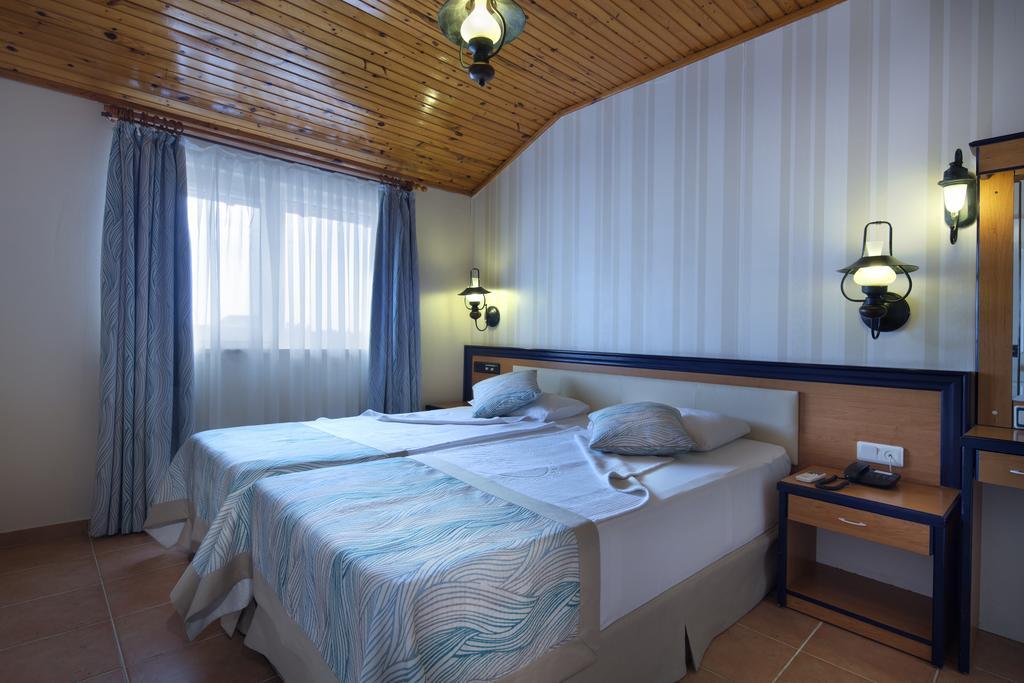 Відгуки туристів Villa Moonflower Aparts & Suites