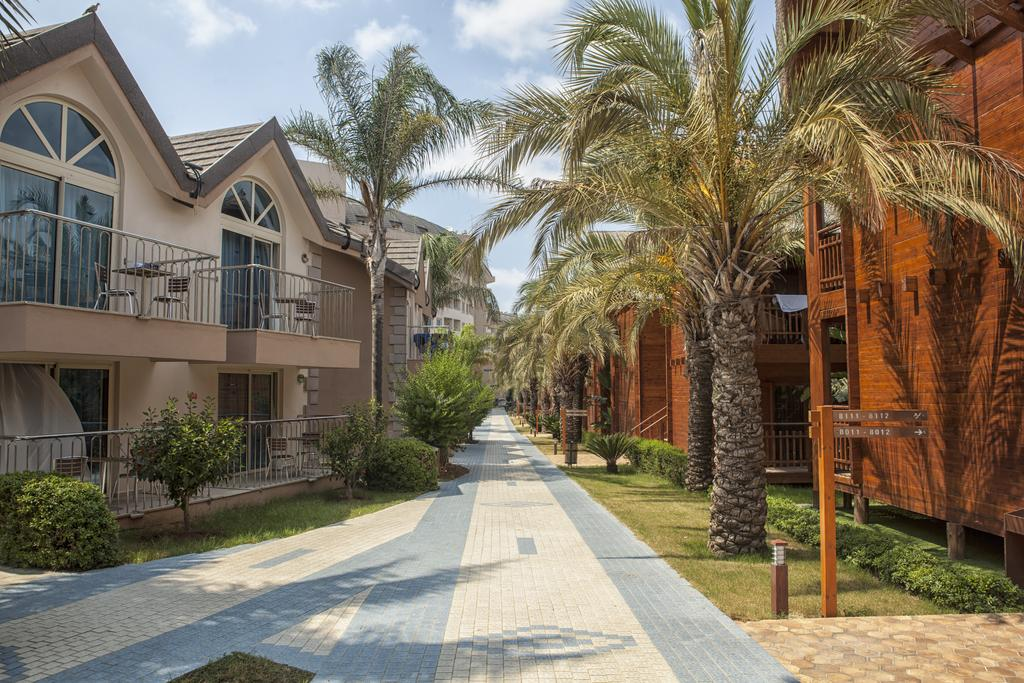 Тури в готель Long Beach Resort Hotel & Spa Аланія