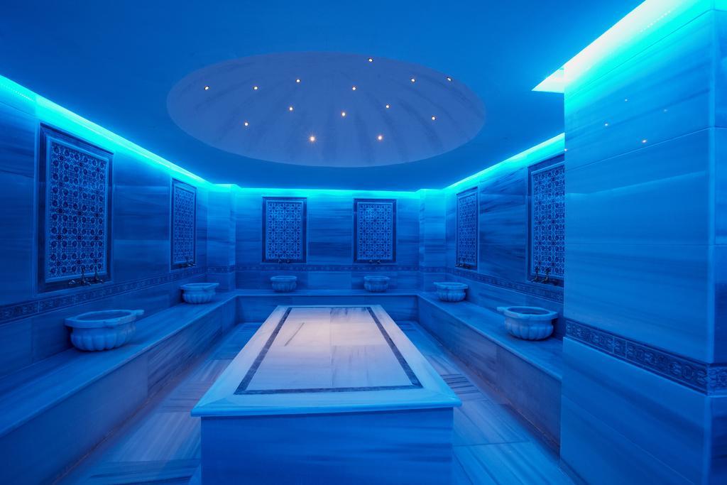 Відпочинок в готелі Bodrum Holiday Resort & Spa Бодрум