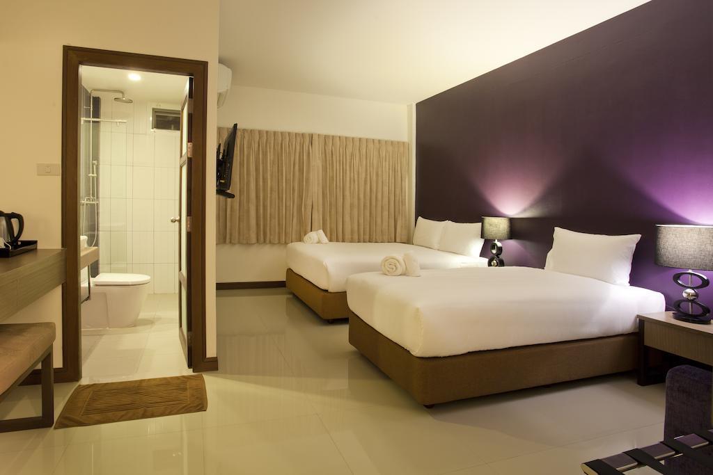 Отдых в отеле Wiz Hotel
