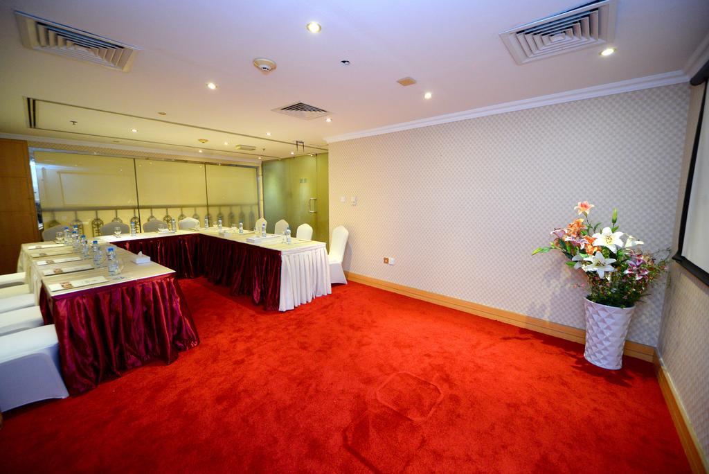 Nejoum Al Emarate Hotel Sharjah ОАЭ цены