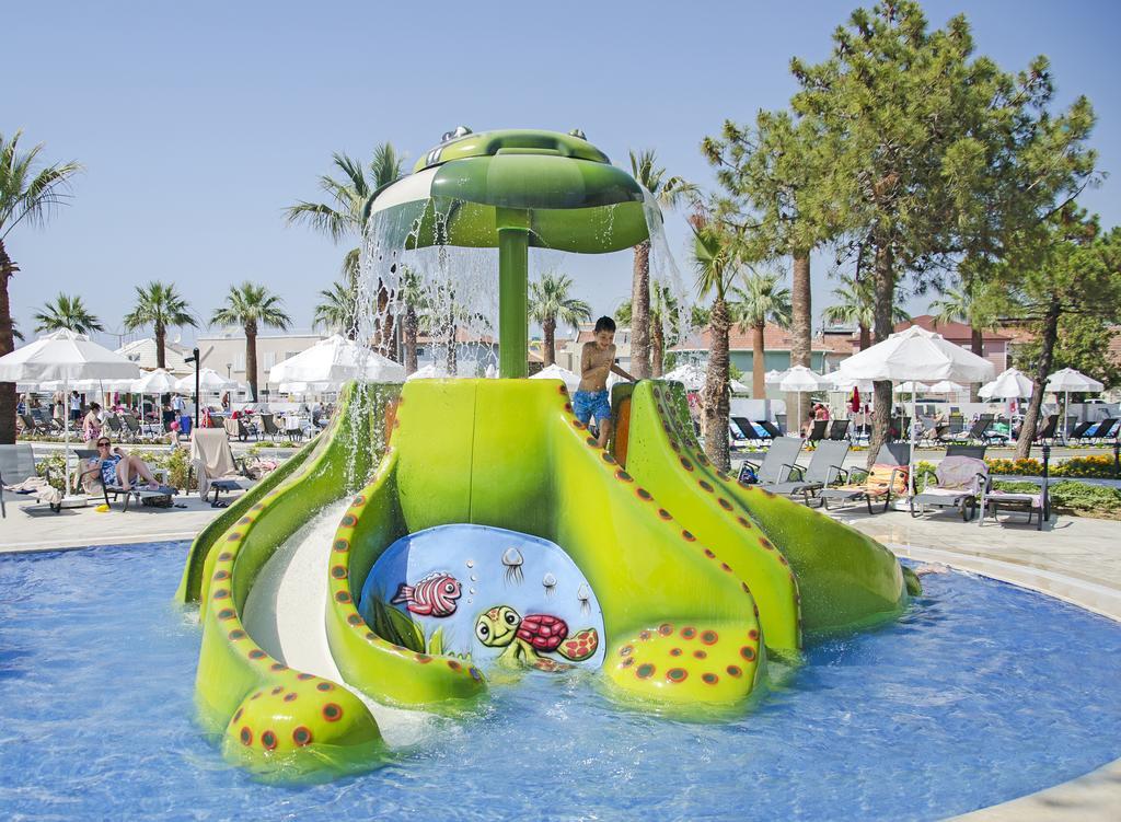 Palm Wings Beach Resort & Spa, Турция