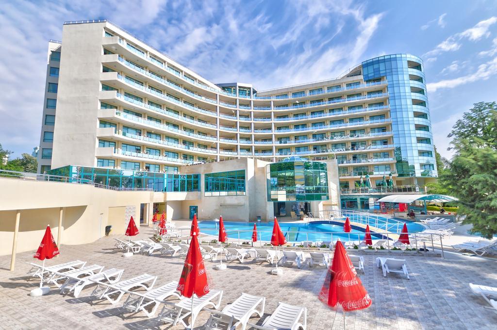 Горящие туры в отель Marina Grand Beach Золотые Пески