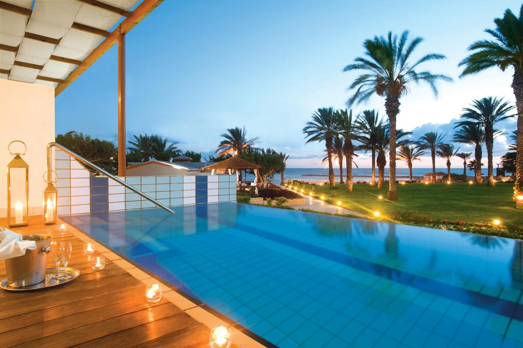 Отдых в отеле Constantinou Bros Asimina Suites Hotel (ex. Constantinou Bros Pioneer Beach Hotel) Пафос