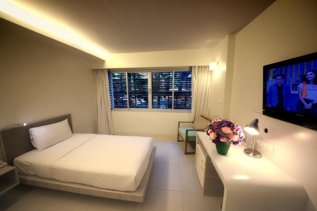 Туры в отель Sunshine Hotel & Residence Паттайя Таиланд