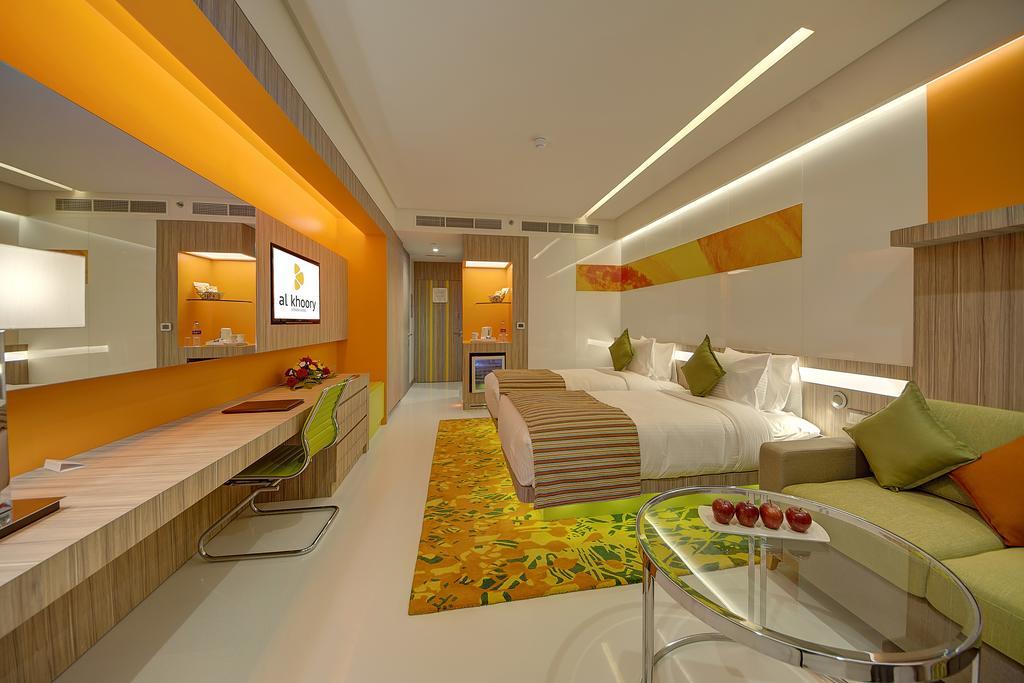 Al Khoory Atrium Hotel, фотографии туристов