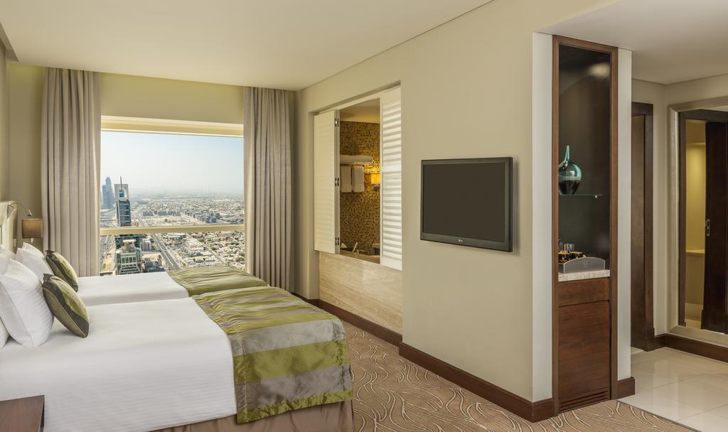 Відгуки про готелі Millennium Plaza Hotel Dubai
