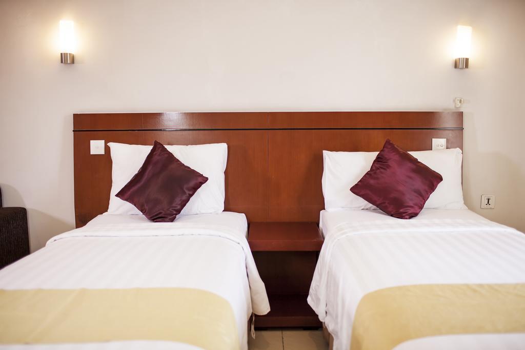 Отдых в отеле Grand Kuta Hotel & Residences Кута Индонезия