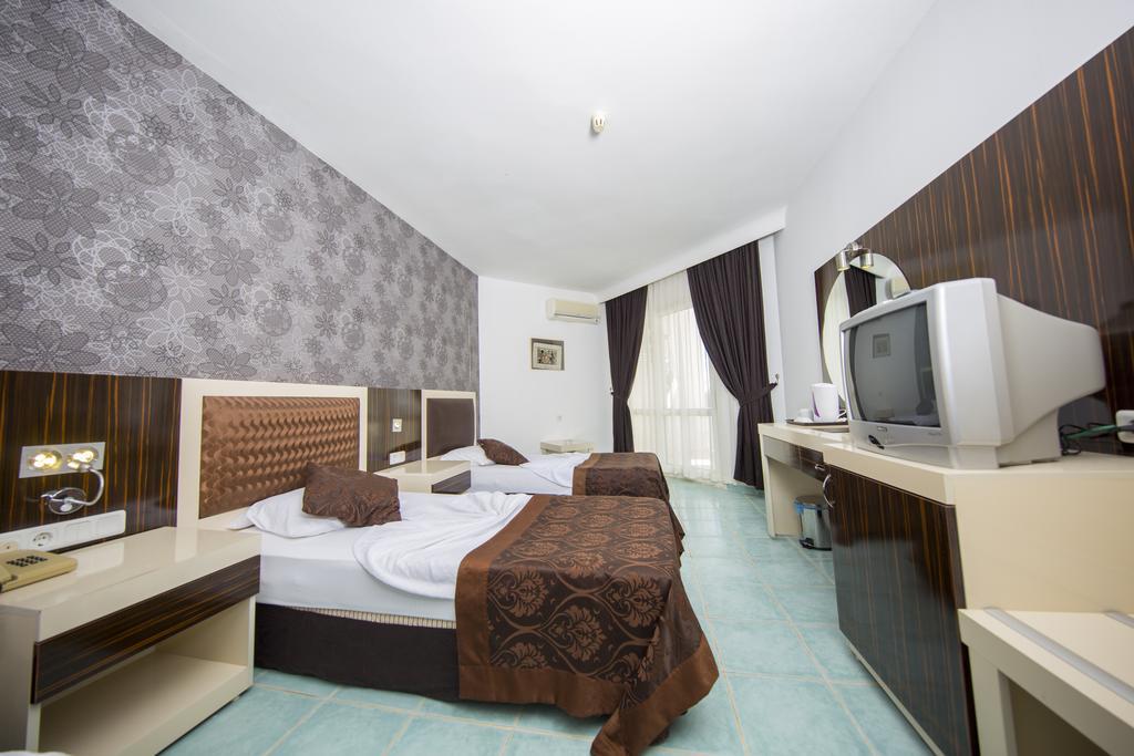 Туры в отель First Class Hotel Аланья Турция