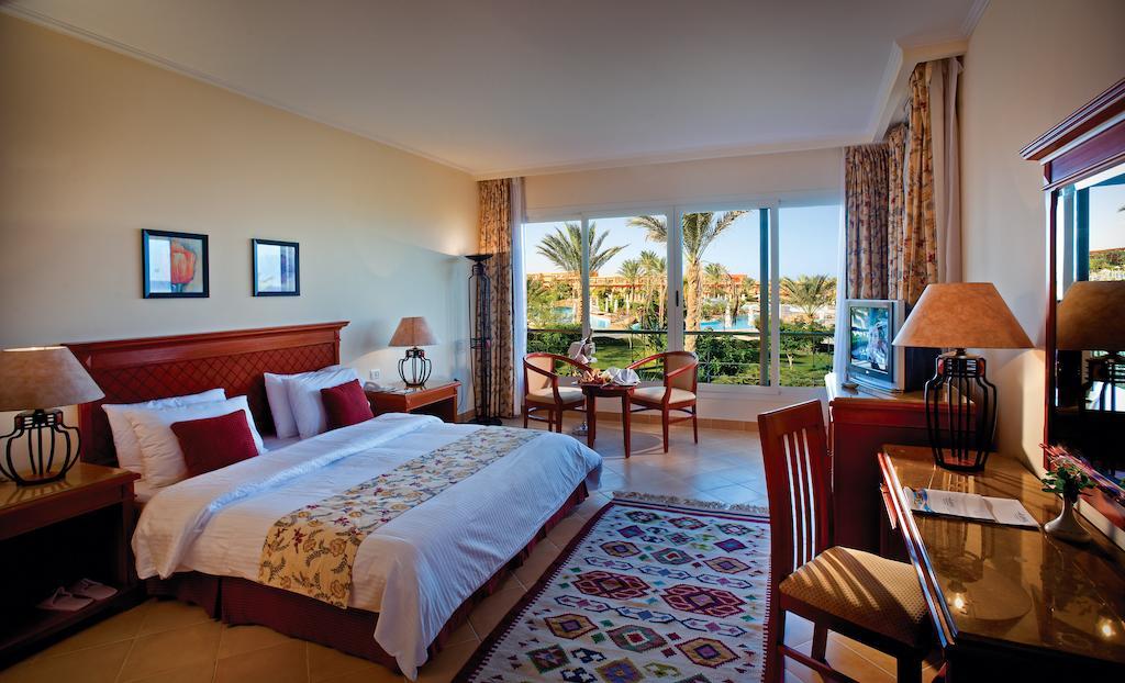 Фото отеля Amwaj Oyoun Resort & Spa (ex. Millennium Oyoun)